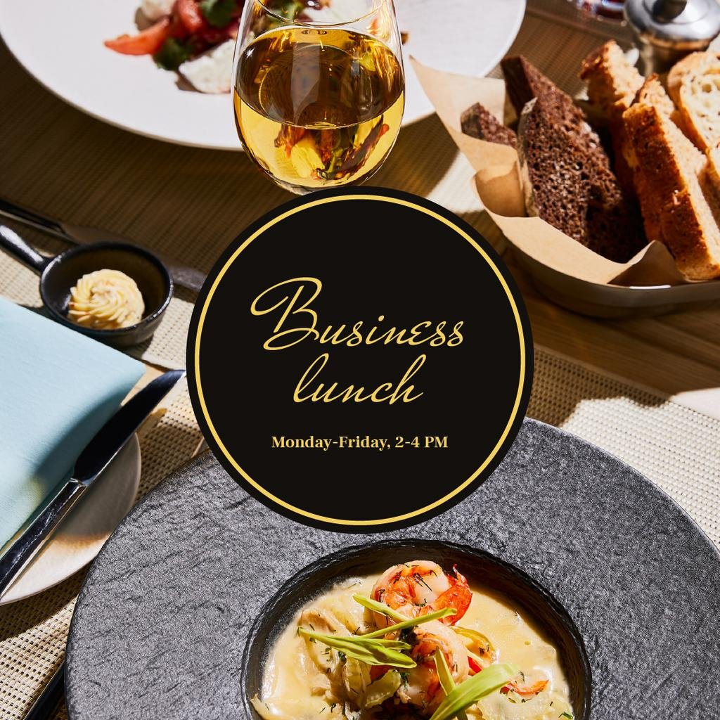 Business lunch Ad with cream soup in plate — Crear un diseño
