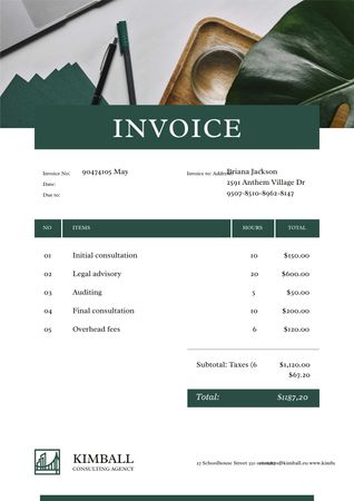 Consulting Company services on Working Table Invoiceデザインテンプレート