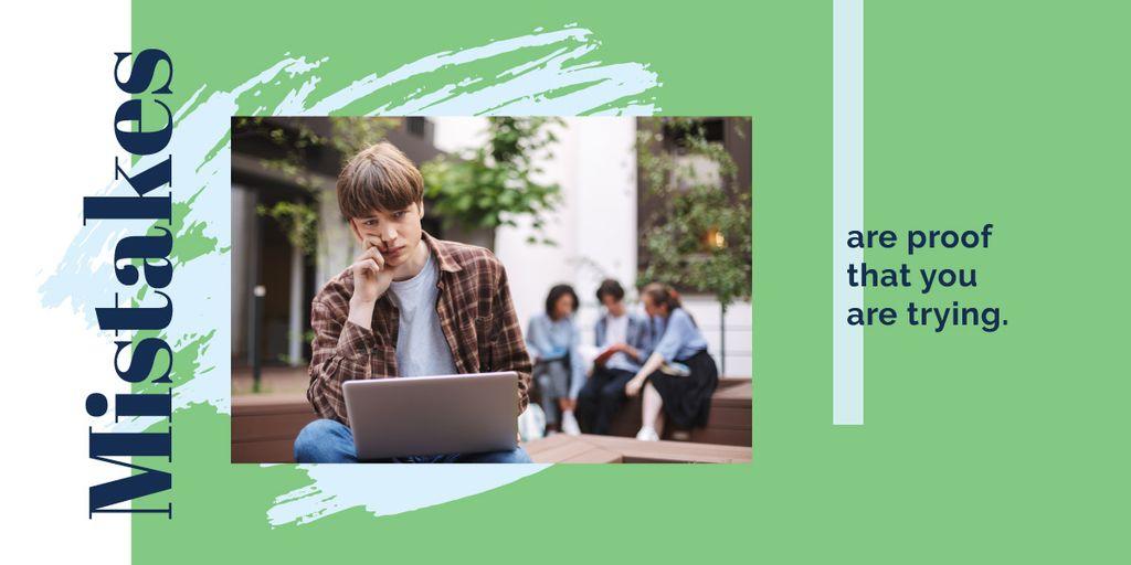 Modèle de visuel Student studying with laptop - Image
