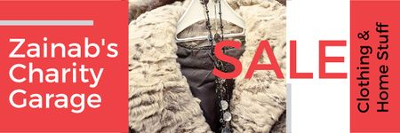 Modèle de visuel Charity Sale Announcement with Clothes on Hangers - Email header