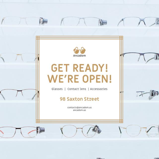 Optics Promotion Glasses in Rows on Blue Animated Post Modelo de Design