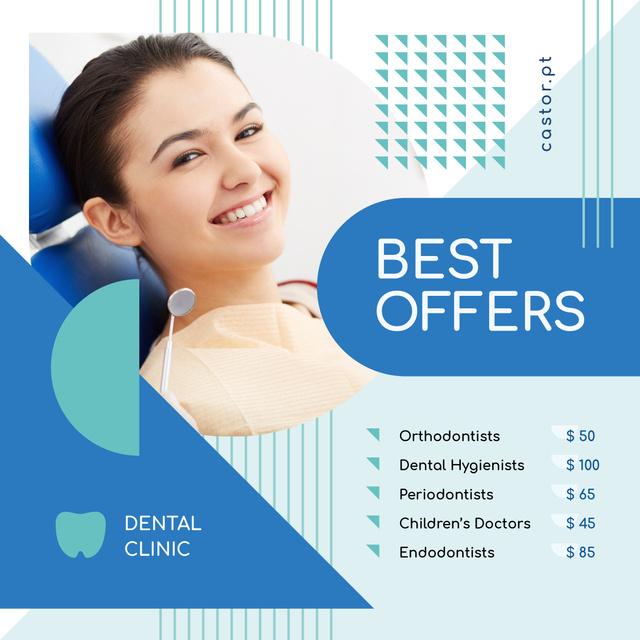 Dental Clinic Offer Woman Smiling at Checkup Instagram Modelo de Design