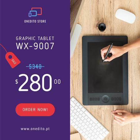 Template di design Graphic Designer Working on Tablet Instagram AD