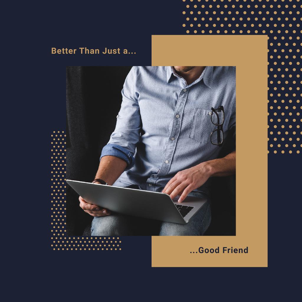 Man Typing on Laptop in Blue — Maak een ontwerp