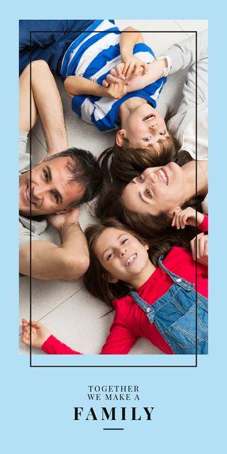 Ontwerpsjabloon van Graphic van Parents with kids having fun