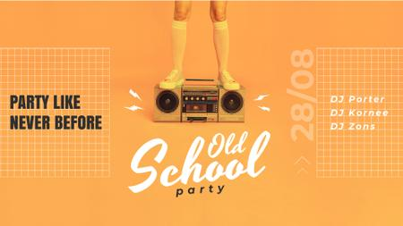 Plantilla de diseño de Old School Party Invitation Man Standing on Boombox Full HD video