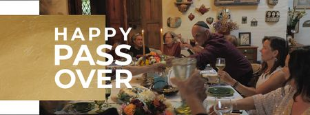 Passover Celebration Family at Dinner Table Facebook Video cover Modelo de Design