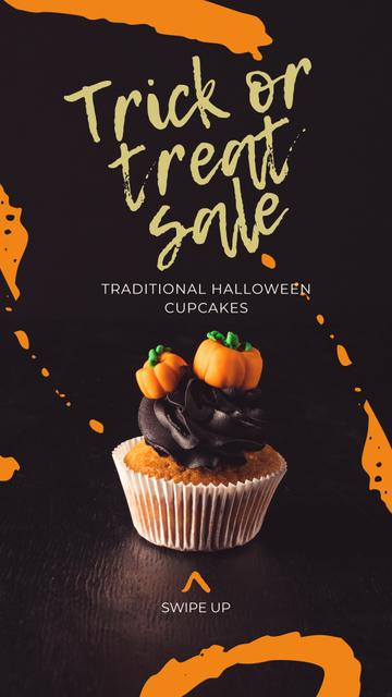 Szablon projektu Trick or Treat Sale Halloween Cupcake with Pumpkins Instagram Story