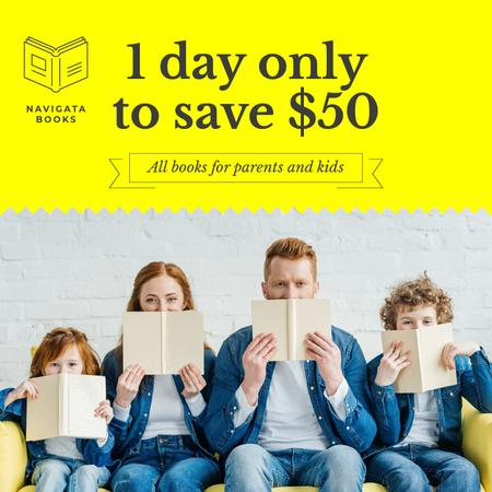 Bookshop Ad Family with Kids Reading Instagram Modelo de Design