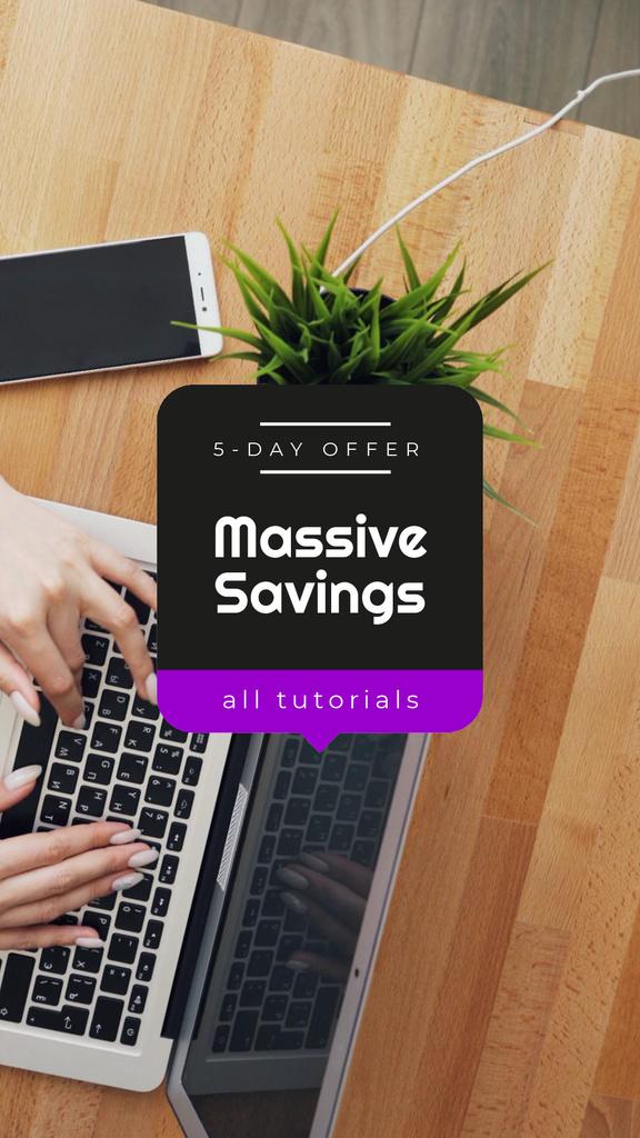Online Tutorials ad Girl Studying with Laptop — Maak een ontwerp