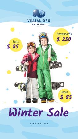 Plantilla de diseño de Winter Sale Offer Kids with Snowboards Instagram Story