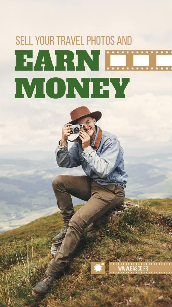Travel Photographer with Camera on Cliff | Stories Template — Maak een ontwerp
