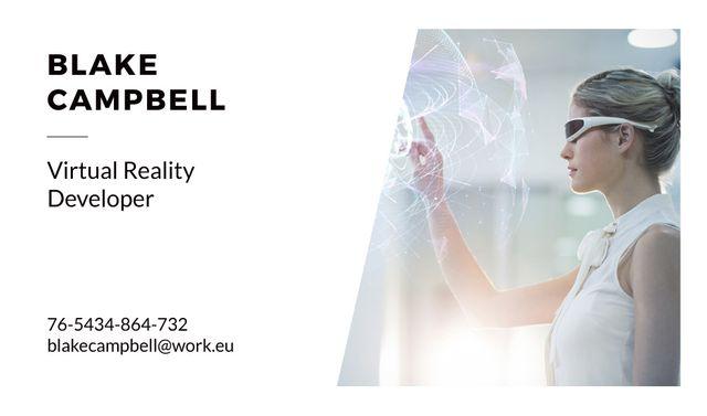 Virtual Reality Developer with Woman in Vr Glasses Business card Modelo de Design