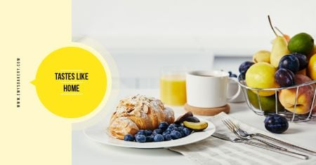 Modèle de visuel Cafe Promotion Croissant with Blueberries and Almonds - Facebook AD