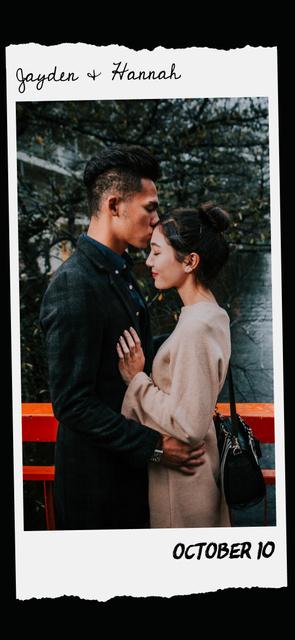 Loving Couple on a walk Snapchat Geofilter Modelo de Design