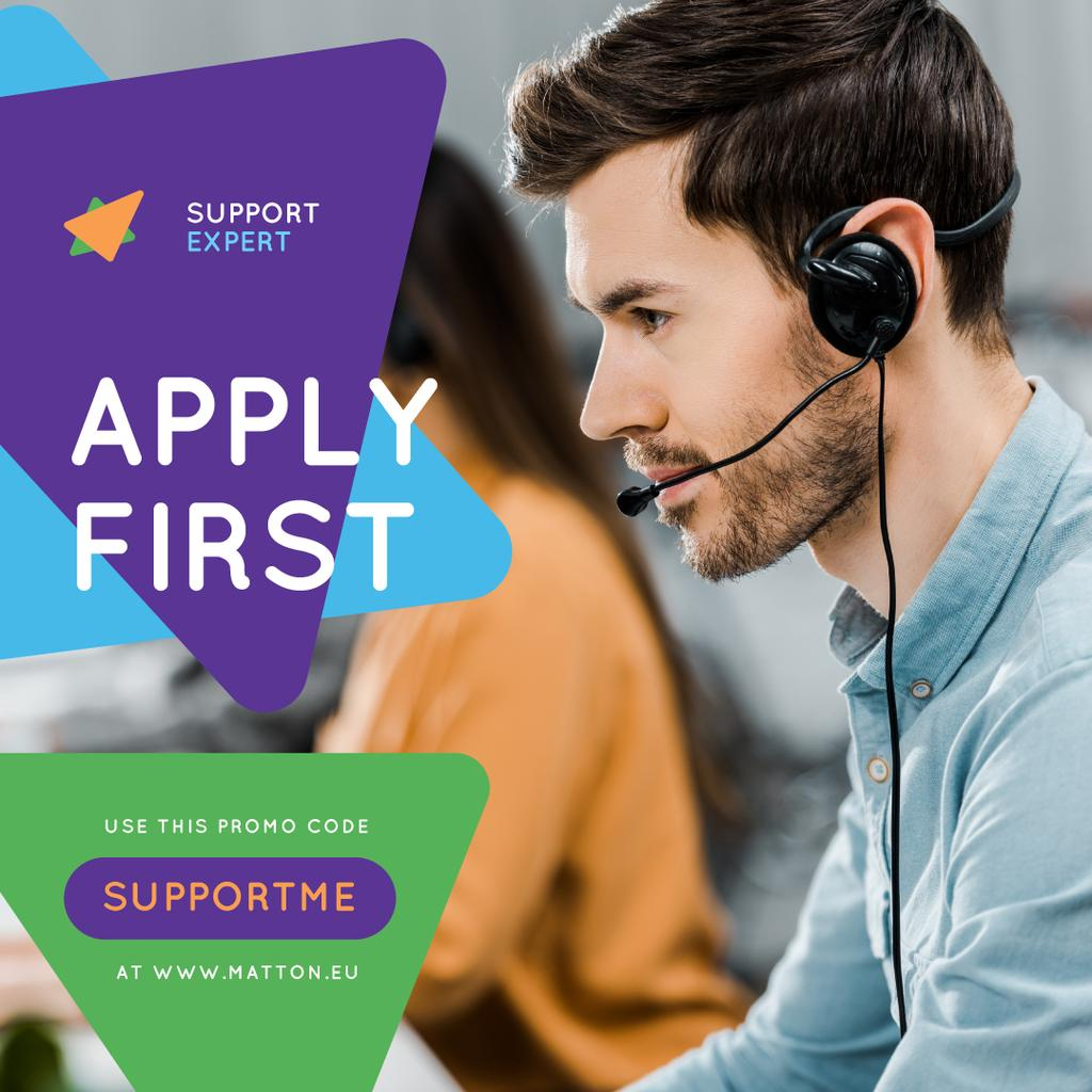 Customers Support Consultant in Headset | Instagram Ad Template — Modelo de projeto