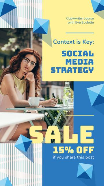 Blogging Course Offer Woman Typing on Laptop Instagram Story Tasarım Şablonu