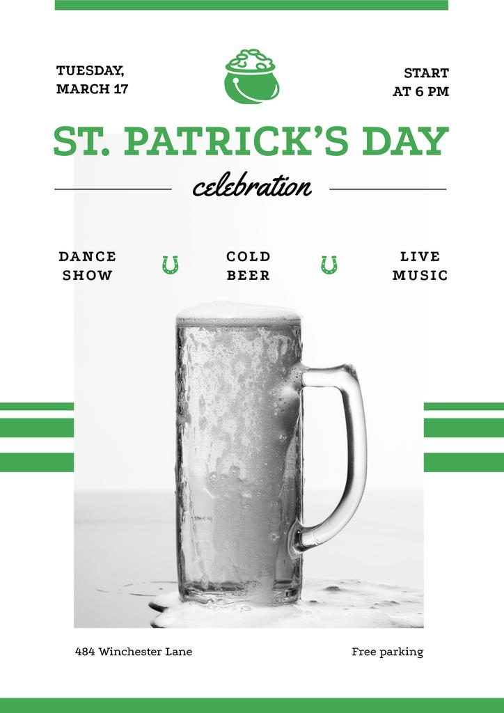 St.Patricks Day Celebration with Glass of cold Beer — Crear un diseño