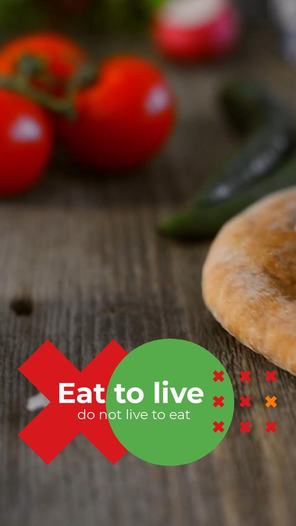 Healthy Food concept with Red Tomatoes — Créer un visuel