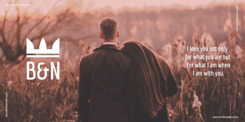 Couple in autumn field — Modelo de projeto