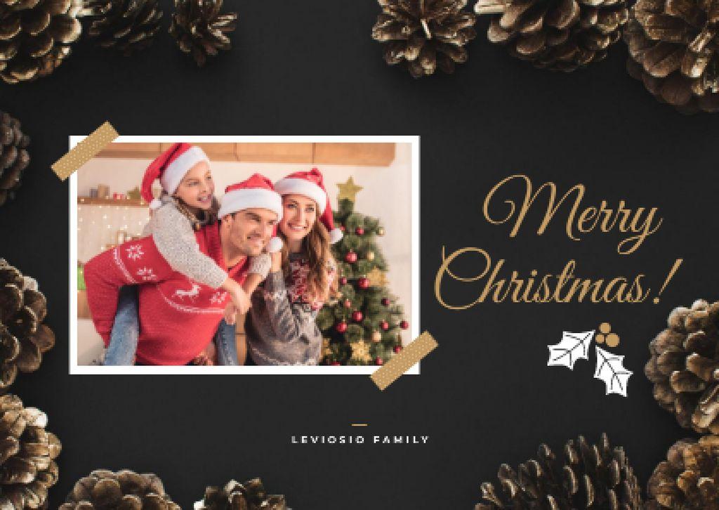 Merry Christmas Greeting Family by Fir Tree — Créer un visuel