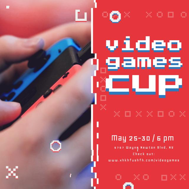 Video Games Ad with Hands Holding Gamepad Animated Post Modelo de Design