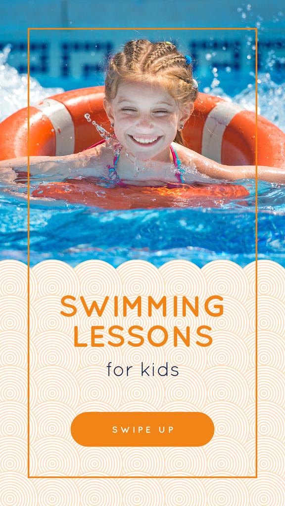 Girl swimming in pool — Crear un diseño