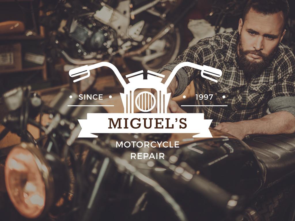 Biker repairing his motorcycle — Modelo de projeto
