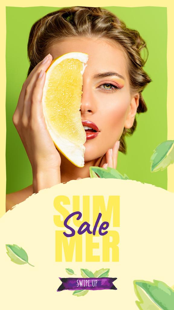 Summer Sale with Woman holding Pomelo fruit — Maak een ontwerp