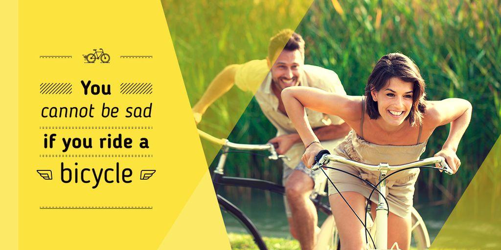 happy young couple riding bicycles near corn field — Crear un diseño