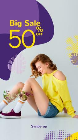 Fashion Ad with Happy Young Girl in Yellow Instagram Story Tasarım Şablonu