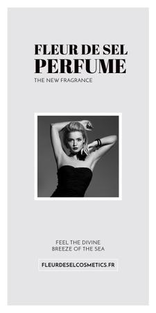 Modèle de visuel Perfume ad with Fashionable Woman in Black - Graphic