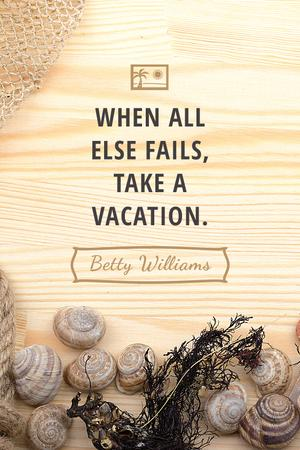 Vacation Inspiration Shells on Wooden Board Tumblr Modelo de Design
