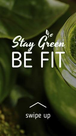 Modèle de visuel Green smoothie in glass jar - Instagram Story