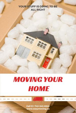 Plantilla de diseño de Home Moving Service Ad with House Model in Box Pinterest