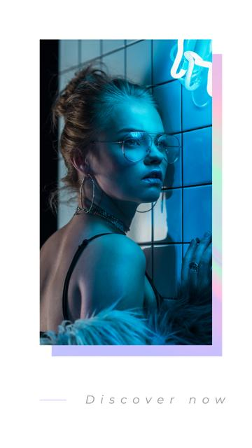 Plantilla de diseño de Fashion Ad with Girl in glasses on Neon light Instagram Story