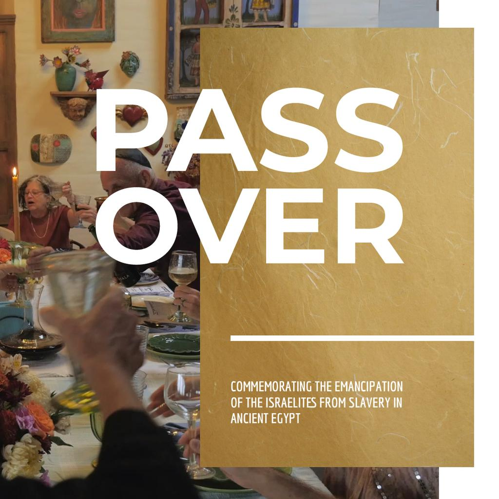 Passover Celebration with Family at Dinner Table — Crea un design