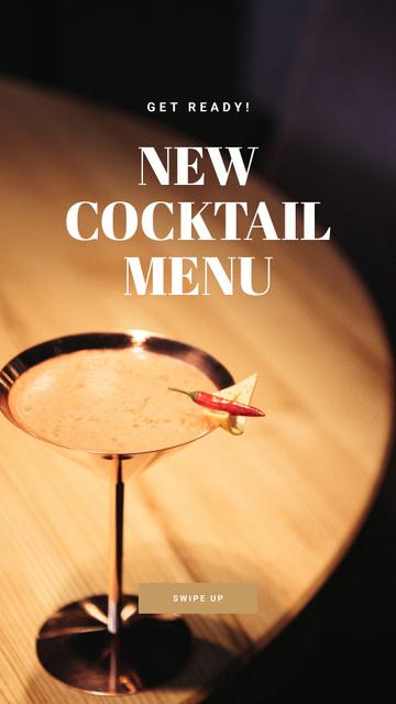 Plantilla de diseño de Bar Promotion Glass with Cocktail Instagram Story