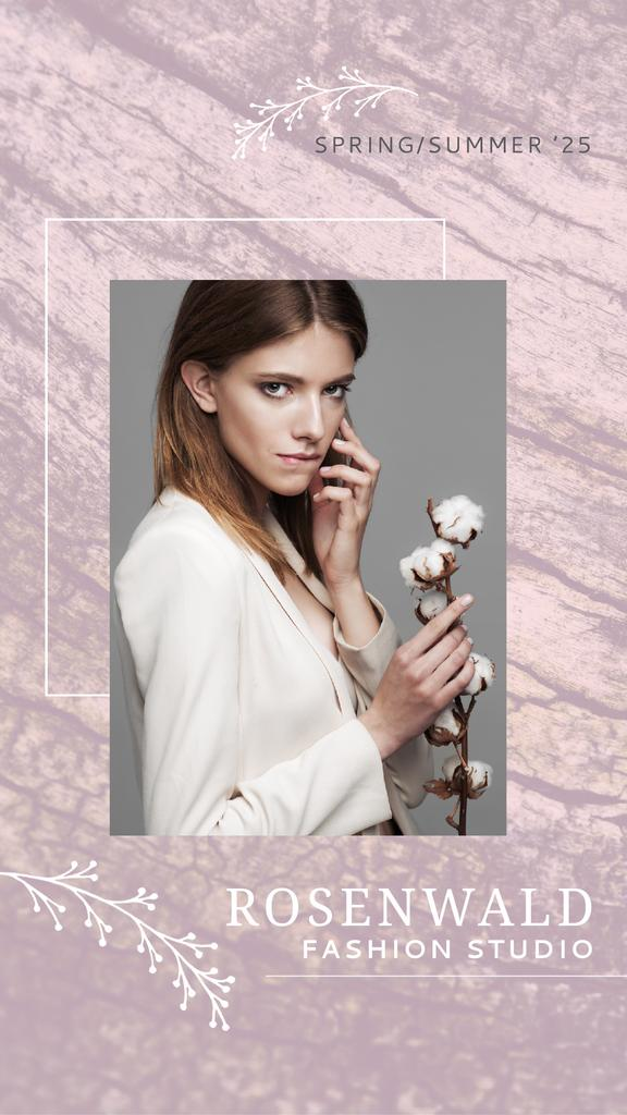 Fashion Ad Attractive Woman with Cotton Flower in Pink | Vertical Video Template — Créer un visuel