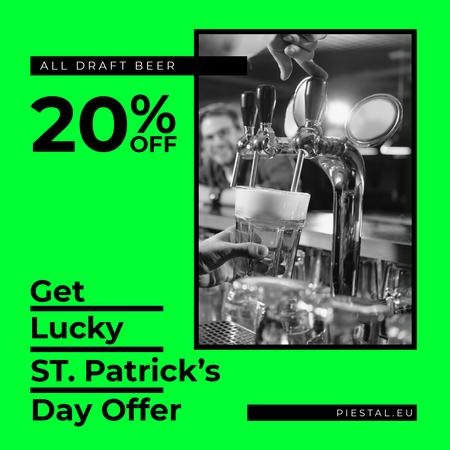 Plantilla de diseño de Barman pours Beer on St.Patricks Day Instagram