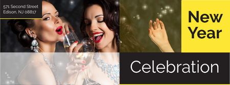 New Year Party Invitation with People Celebrating Facebook cover Modelo de Design