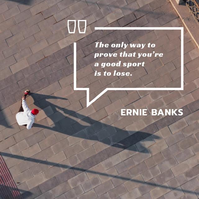 Plantilla de diseño de Sporting Quote with Man Training in City Animated Post