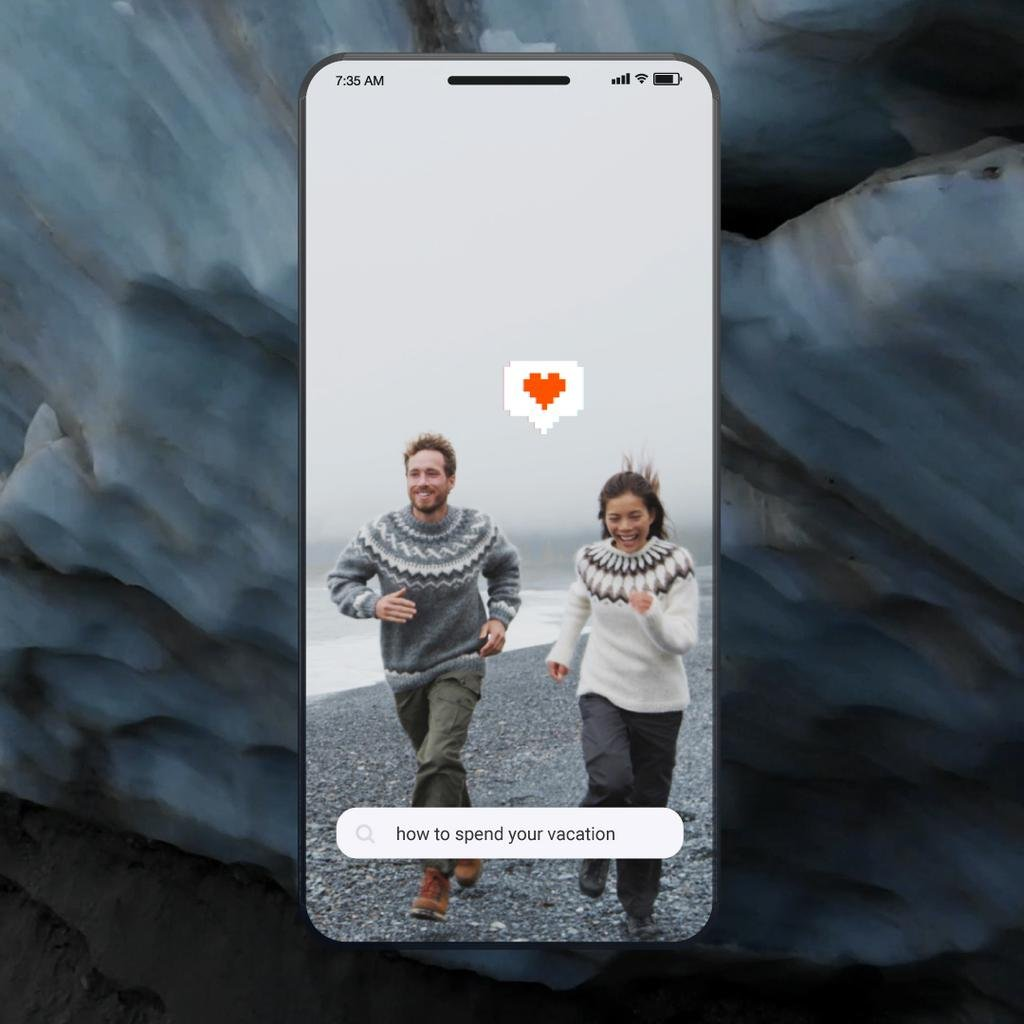 Travel Tips Couple at the Beach in Iceland  — Créer un visuel