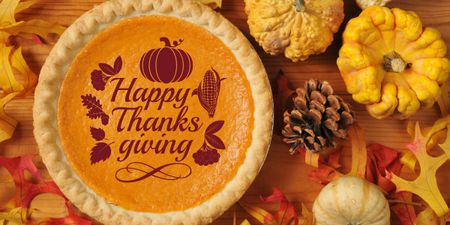 Template di design Thanksgiving day greeting with Pie Image