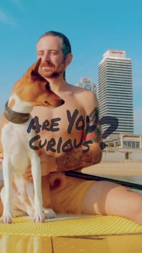 Man on Surfboard with dog — Maak een ontwerp