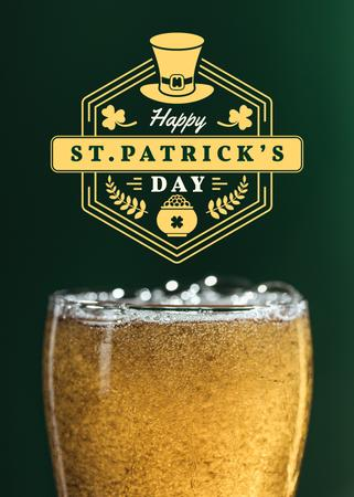 Ontwerpsjabloon van Flayer van St.Patricks Day Greeting with Glass of Beer