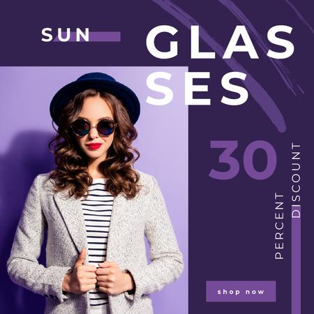 Template di design Glasses Offer with Woman Wearing Sunglasses Animated Post