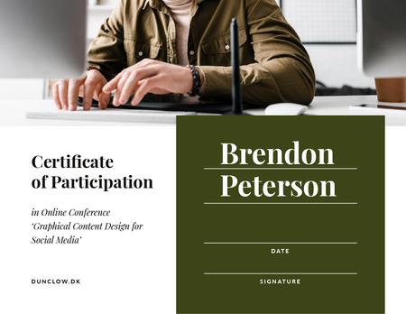 Plantilla de diseño de Online Conference Participation confirmation with man by laptop Certificate