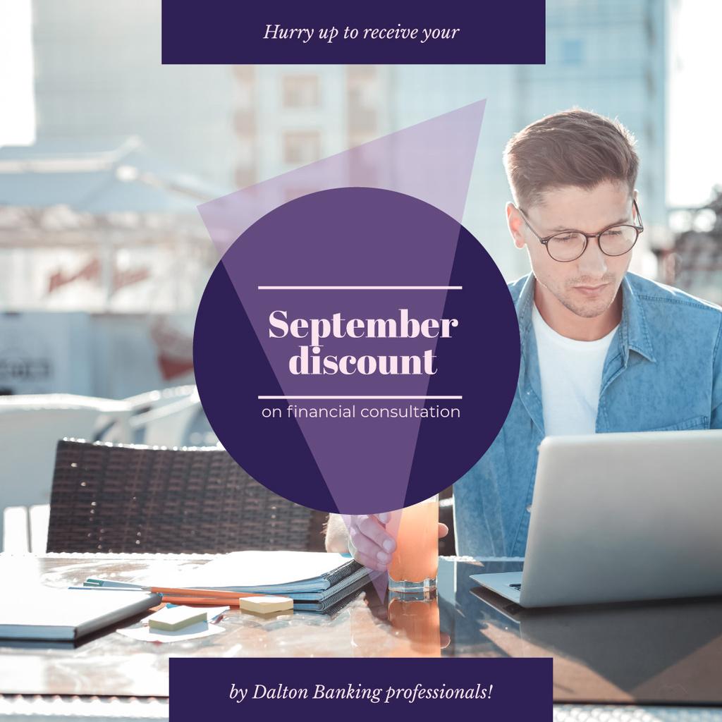 Banking Services Ad Businessman working by Laptop — Créer un visuel