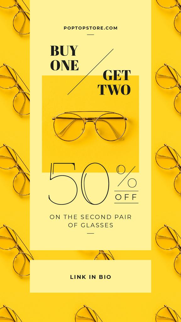 Modèle de visuel Aviator glasses on yellow background - Instagram Story